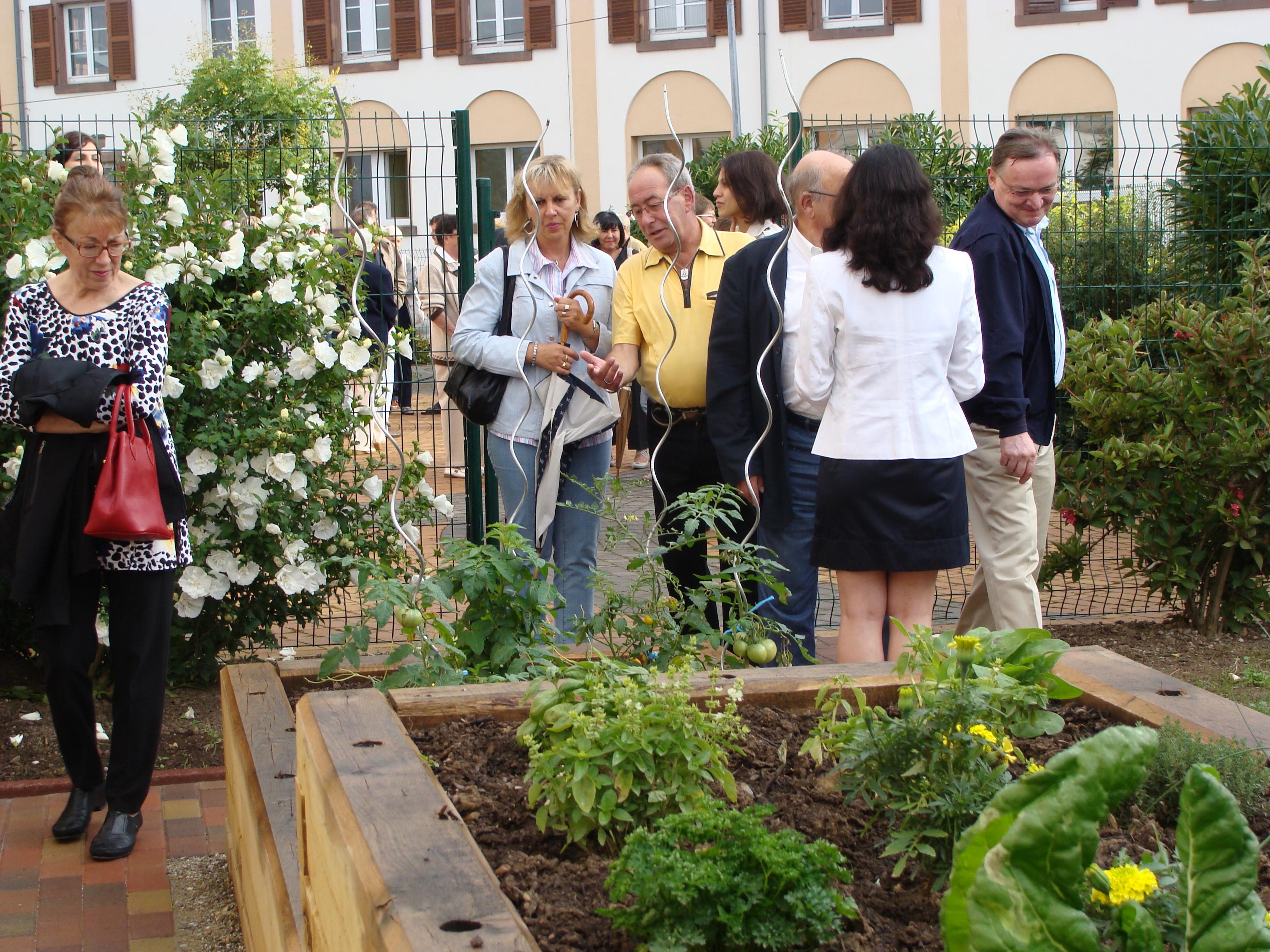 Inauguration du jardin th rapeutique dorlisheim for Jardin therapeutique